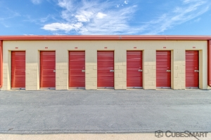 Image of CubeSmart Self Storage - Broomfield Facility on 2050 West 6Th Avenue  in Broomfield, CO - View 3