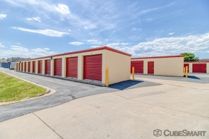 Image of CubeSmart Self Storage - Broomfield Facility on 2050 West 6Th Avenue  in Broomfield, CO - View 4