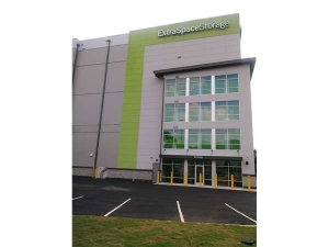 Extra Space Storage - Atlanta - Northside Dr NW Facility at  1249 Northside Drive Northwest, Atlanta, GA