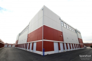Image of The Lock Up Self Storage - Willowbrook Facility on 755 Plainfield Road  in Willowbrook, IL - View 4