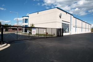 Image of The Lock Up Self Storage - Lisle Facility on 431 Ogden Avenue  in Lisle, IL - View 4