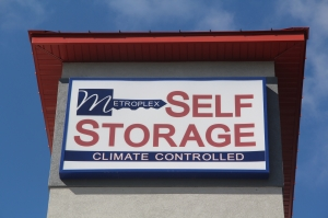 Image of Metroplex Self Storage Facility on 1620 Motor Inn Drive  in Girard, OH - View 4