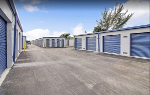 Storage Sense - Hallandale Beach - Photo 5