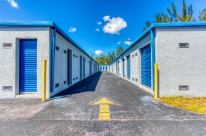 Storage Sense - Hallandale Beach - Photo 10