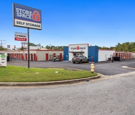 Store Space Self Storage - #1016 Facility at  6165 Veterans Parkway, Columbus, GA