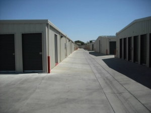 Sanger Storage - Photo 8