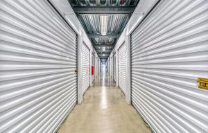 Simply Self Storage - Lindenhurst, NY - Route 109 - Photo 3