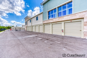 CubeSmart Self Storage - Fort Myers - 10688 Colonial Blvd - Photo 2