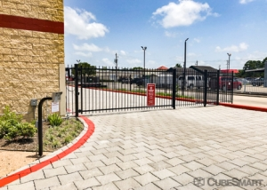 CubeSmart Self Storage - Pearland - 2515 Westminister Rd - Photo 5