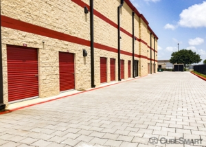 CubeSmart Self Storage - Pearland - 2515 Westminister Rd - Photo 6