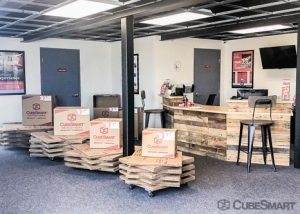 CubeSmart Self Storage - Pearland - 2515 Westminister Rd - Photo 7