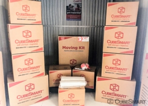 CubeSmart Self Storage - Pearland - 2515 Westminister Rd - Photo 9