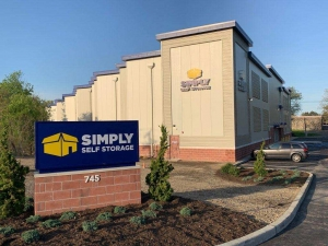 Simply Self Storage - Hauppauge, NY - Old Willets Path - Photo 2