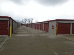 Aspen Mini Storage - Farmington - Photo 3
