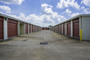 Bullseye Storage - Houston - South Loop - Photo 2