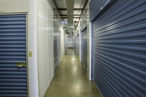 Bullseye Storage - Houston - South Loop - Photo 4