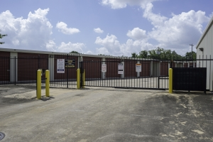 Bullseye Storage - Houston - South Loop - Photo 5