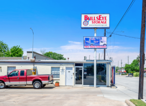 Bullseye Storage - Houston - Airline - Photo 9