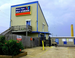 Watson & Taylor Self Storage - Galveston Facility at  828 60th Street, Galveston, TX