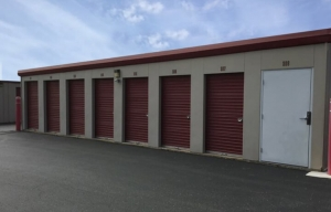 Simply Self Storage - Plano, IL - Turner Ave - Photo 2