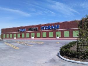 Right Move Storage - Texas City Facility at  10000 Emmett F Lowry Expressway, Texas City, TX
