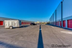 CubeSmart Self Storage - Largo - Photo 7