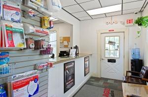 US Storage Centers - Waltham - Photo 6