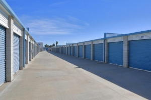 Storage Solutions - Moreno Valley - Photo 3