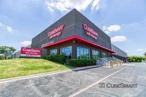 CubeSmart Self Storage - Farmers Branch Facility at  4250 McEwen Road, Farmers Branch, TX