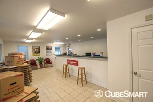 CubeSmart Self Storage - Knoxville - 3980 Papermill Dr NW - Photo 3