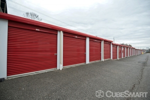 CubeSmart Self Storage - Knoxville - 3980 Papermill Dr NW - Photo 9