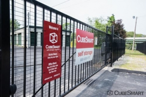 Image of CubeSmart Self Storage - Franklin Facility on 14 Grove Street  in Franklin, MA - View 4