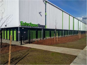 Image of Extra Space Storage - Portland - 82nd Ave Facility on 8085 Southeast 82nd Avenue  in Portland, OR - View 2