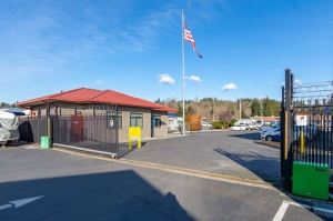 Glacier West Self-Storage - Kent - Photo 1