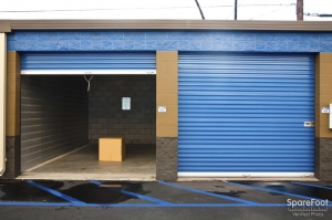 West Coast Self-Storage San Pedro - Photo 8