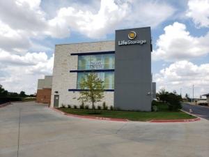 Life Storage - Round Rock - 2000 University Boulevard Facility at  2000 University Boulevard, Round Rock, TX