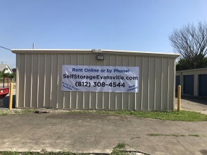 Evansville Self Storage LLC - Photo 2