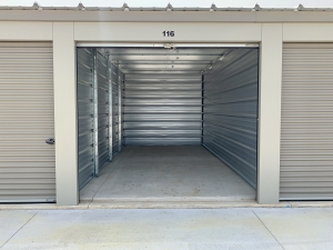 Storage Junction - Photo 7