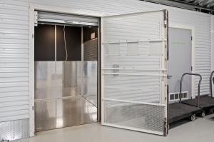 US Storage Centers - Minneapolis - Photo 7
