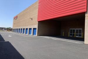 US Storage Centers - Compton - Photo 4