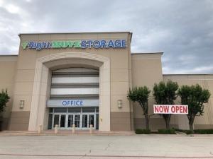 Right Move Storage - Ridgmar Mall Facility at  2000 Green Oaks Road, Fort Worth, TX