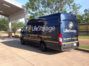 Life Storage - Jackson - 5961 I-55 North - Photo 4