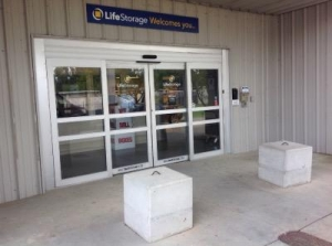 Life Storage - Jackson - 5961 I-55 North - Photo 7
