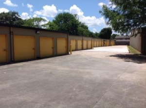 Life Storage - Lafayette - Guilbeau Road - Photo 9