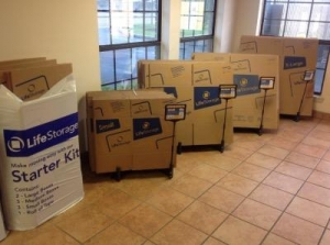 Life Storage - Jackson - 6011 I-55 North - Photo 8