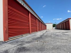Expressway Storage - Photo 2