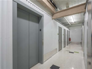 Extra Space Storage - Chicago - W North Ave - Photo 2