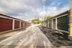 Neighborhood Storage #18 - Photo 4