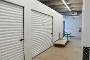 Acorn Mini Storage XIV - Bloomington - Photo 5