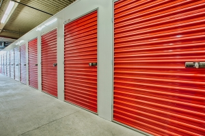 Clutter Self-Storage - LIC (formerly The Storage Fox) - Photo 4
